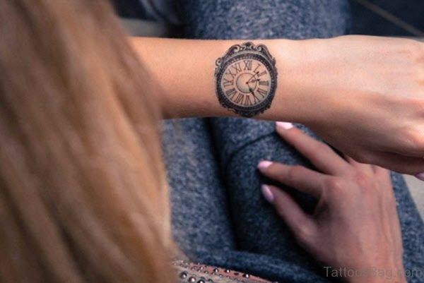 Cute Wrist Clock Tattoo