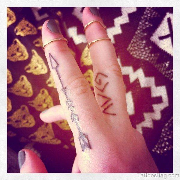 Delightful Arrow Tattoo On Finger