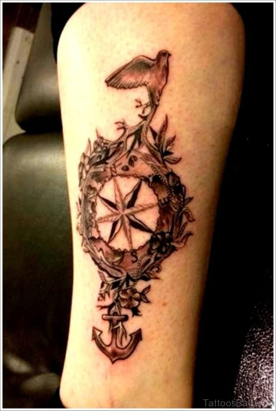 Elegant Compass Tattoo On Leg