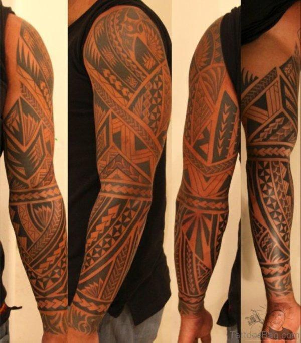 Elegant Maori Tribal Tattoo On Full Sleeve