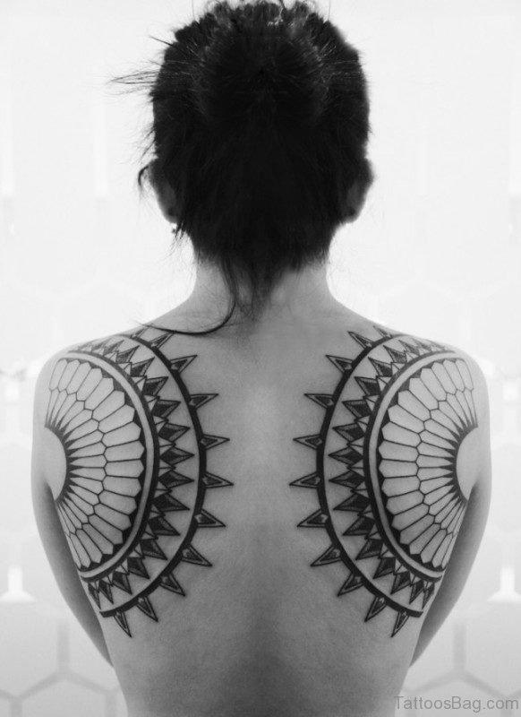 Fabulous Shoulder Blade Tattoo Design