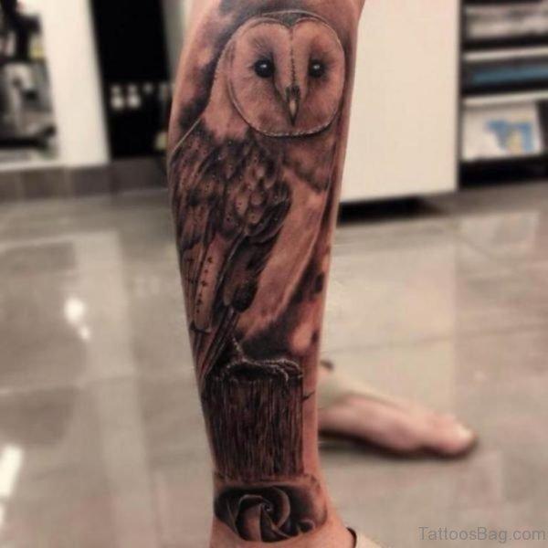 Fantastic Owl Tattoo Design On Leg
