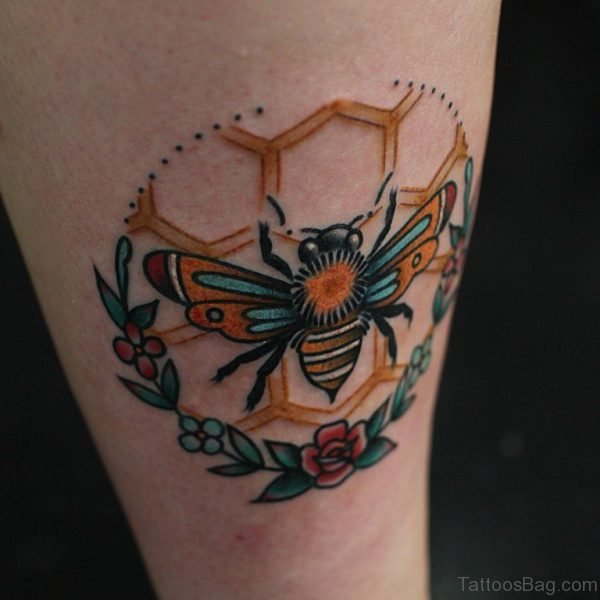 Fine Bee Tattoos On Thigh