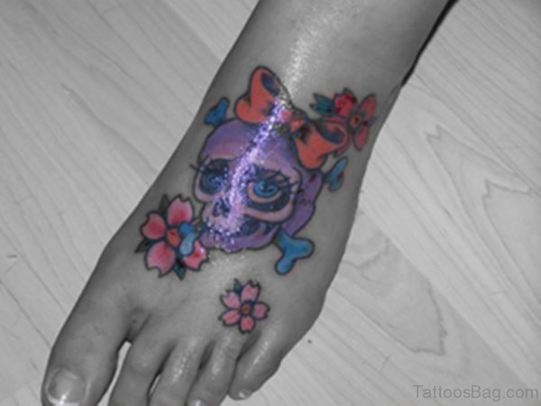 Flowers And Skull Tattoo