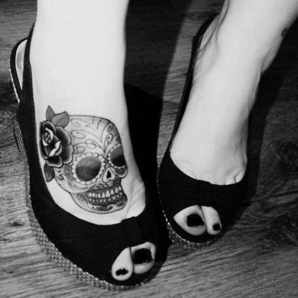 Girly Skull On Foot