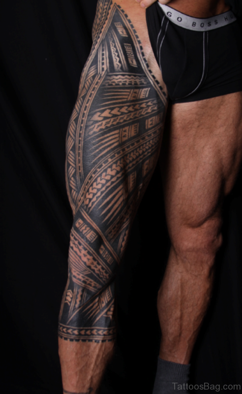 Graceful Tribal Tattoo On Leg