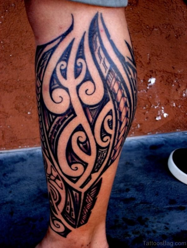 Great Tribal Tattoo On Leg
