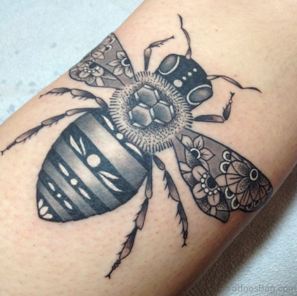 Grey Ink 3d Bee Tattoo