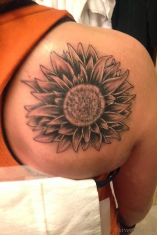 Grey Ink Sunflower Tattoo On Right Back Shoulder