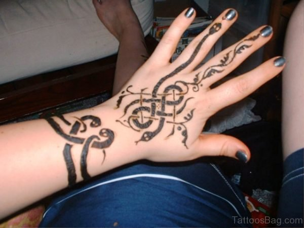 Henna Snake Tattoo On Wrist