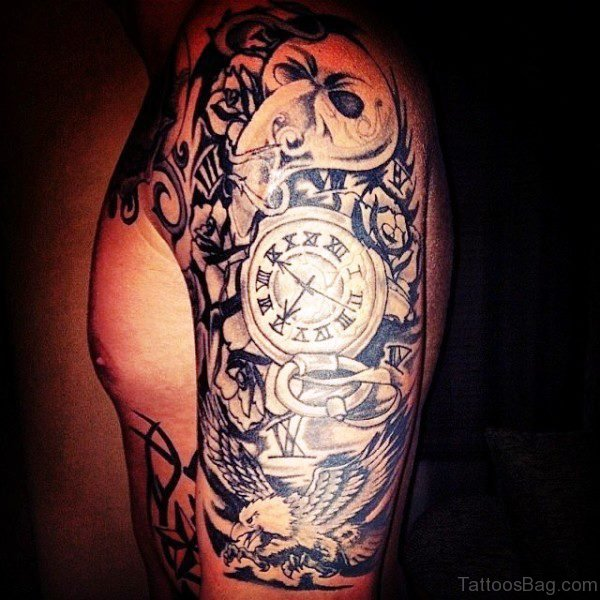 Impressive Clock Shoulder Tattoo Design