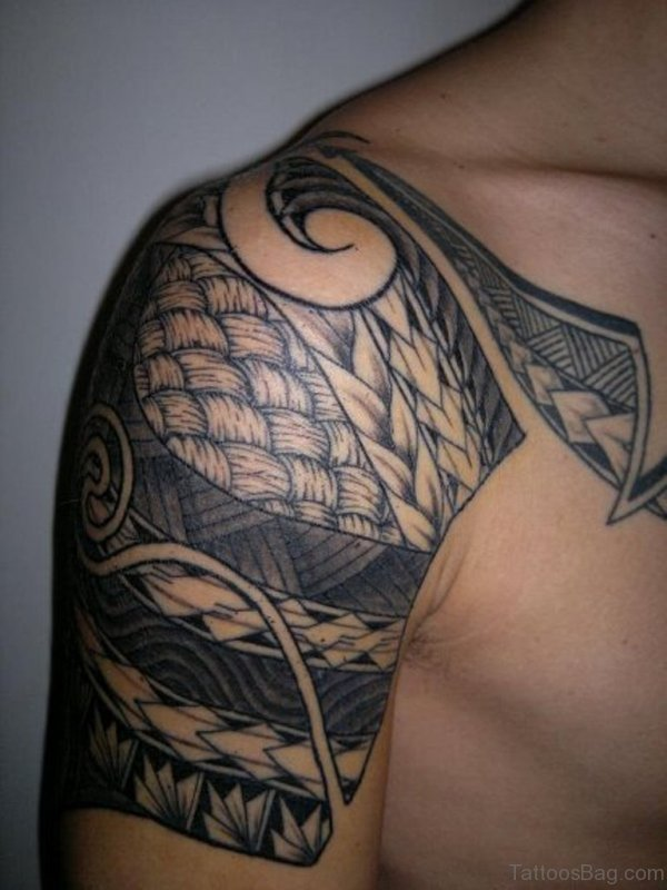 Impressive Samoan Shoulder Tattoo For Men