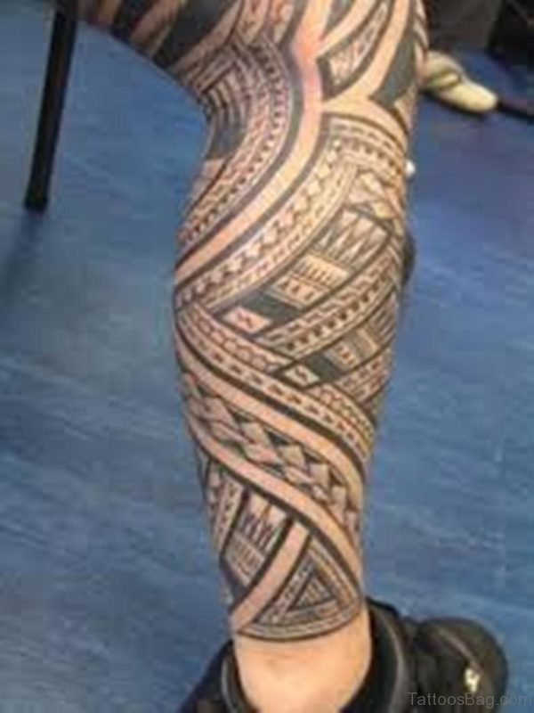 Lovable Artistic Tribal Tattoo On Leg