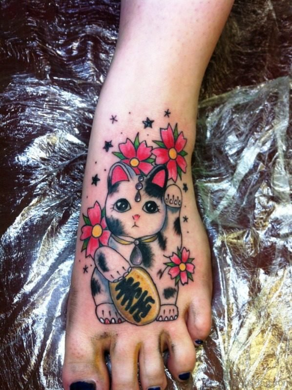 Lovely Cat Tattoo On Foot meow839