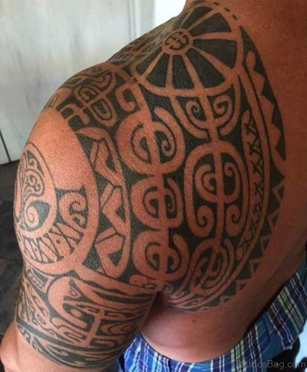 Man Shouler Samoan Tattoo