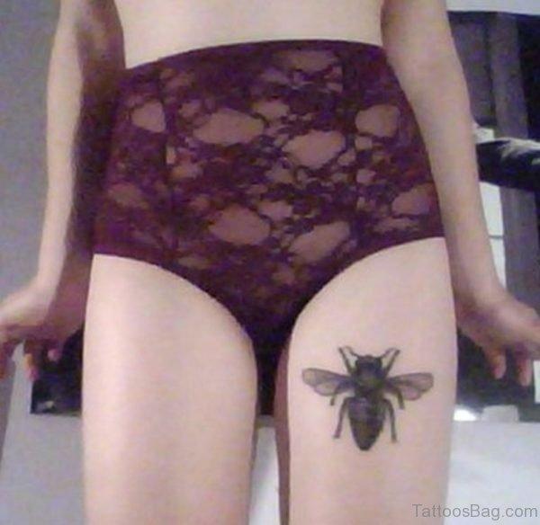 Nice Bee Tattoo On Thigh