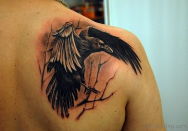 Nice Eagle Shoulder Blade Tattoo Design