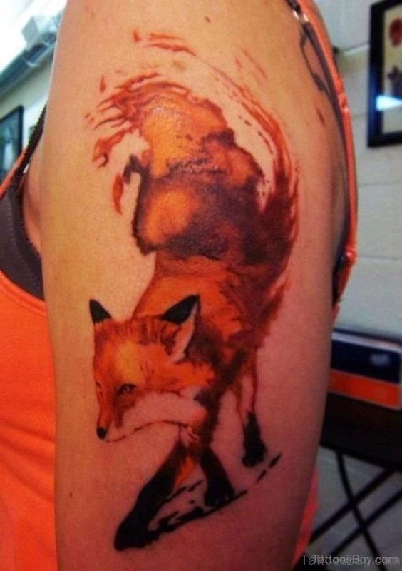 Nice Fox Tattoo Design On Shoulder