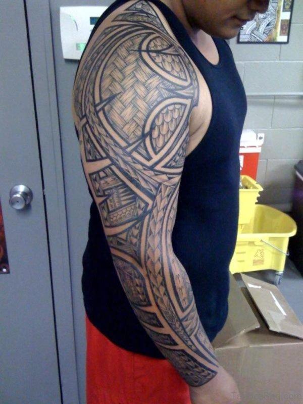 Nice Maori Tribal Tattoo Design