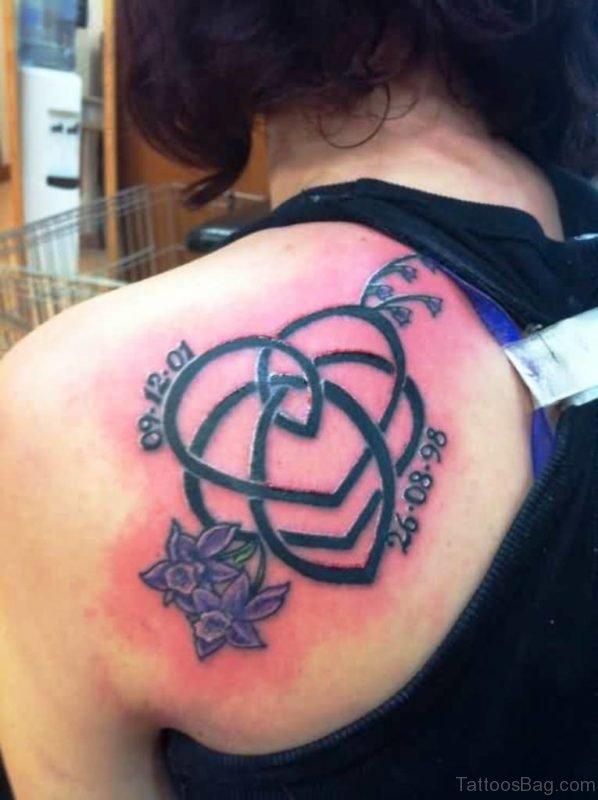 Nice Mom Celtic Knot Tattoo Design On Shoulder