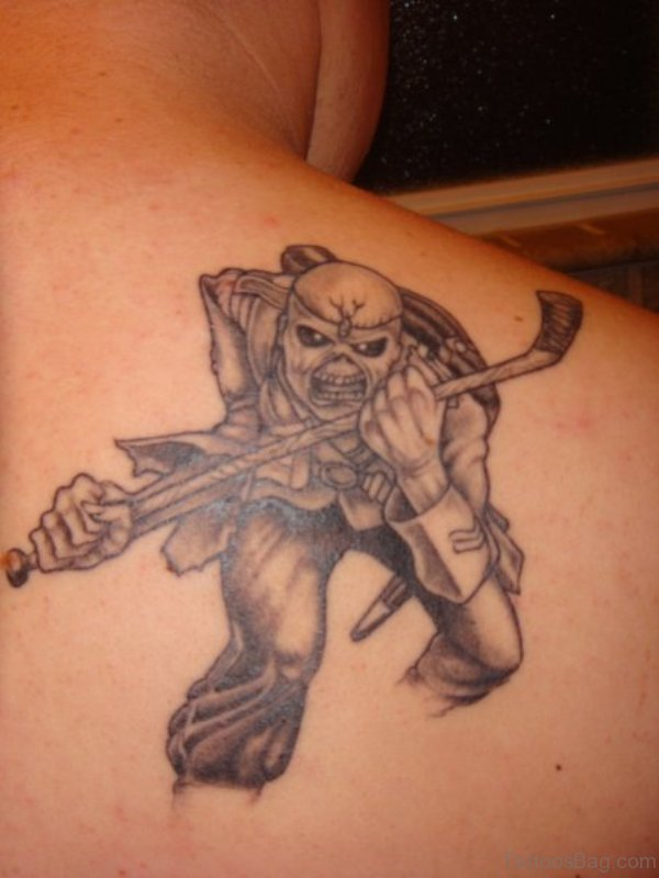 Nice Shoulder Blade Tattoo Design