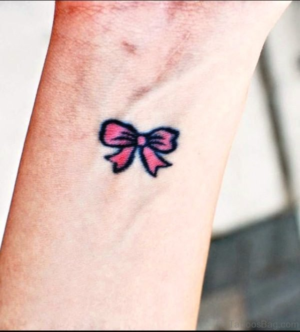 Pink Bow With Black Outline Design