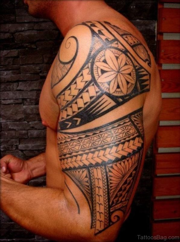 Samoan Desing Tattoo On Right Shoulder