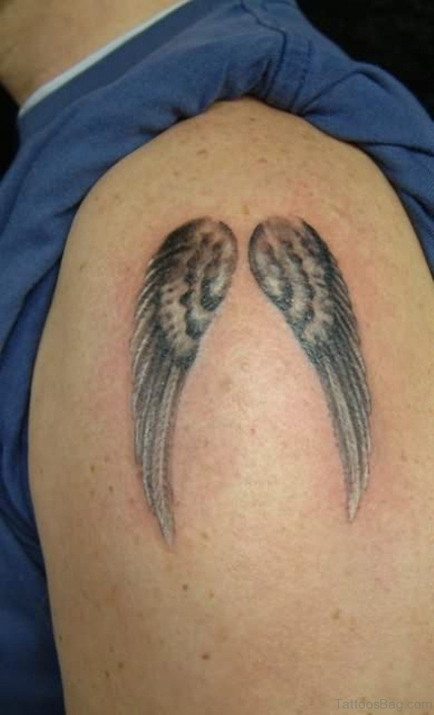 84 amazing angel wings shoulder tattoos for Small shoulder tattoo