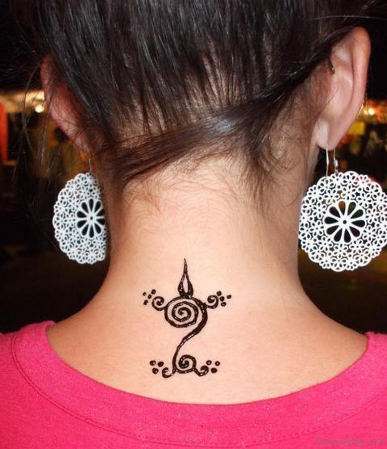 b6eb68d13 Small Henna Tattoo On Neck