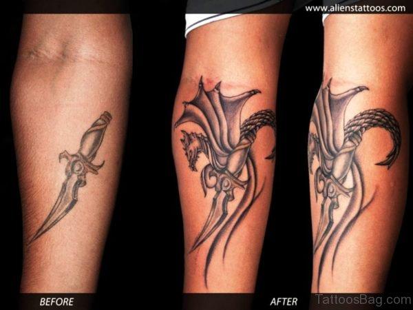 Splendid Dagger Tattoo With Dragon