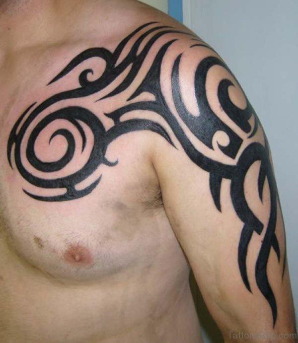 Sparkling Shoulder Tribal Tattoo