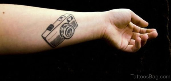 Stunning Camera Wrist Tattoo cmr352