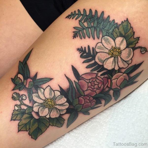 Stunning Flowers Tattoo On Thigh