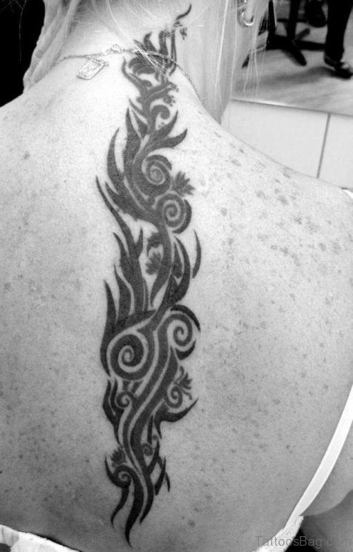 Stunning Hawaiian Tattoo On Neck