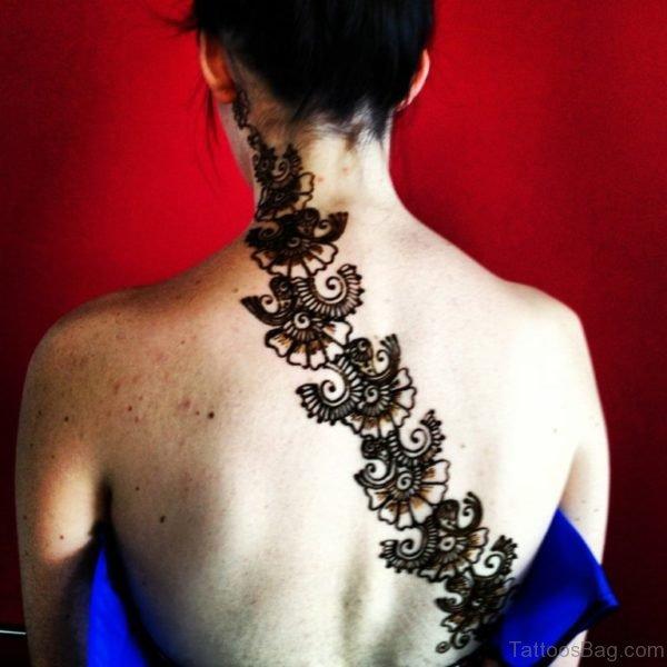 Stylish Henna Tattoo Design On Neck