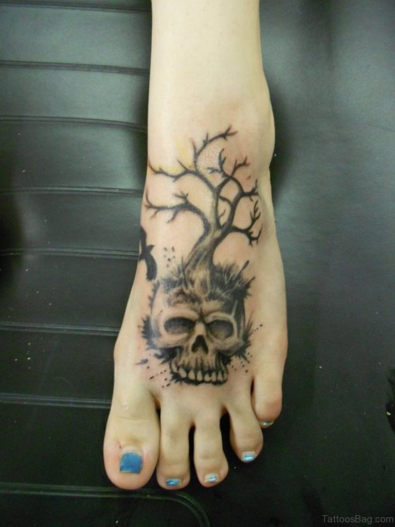 50 Magnificent Skull Tattoos On Foot