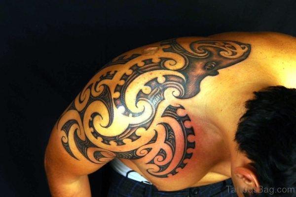 Tribal Maori Shoulder Tattoo