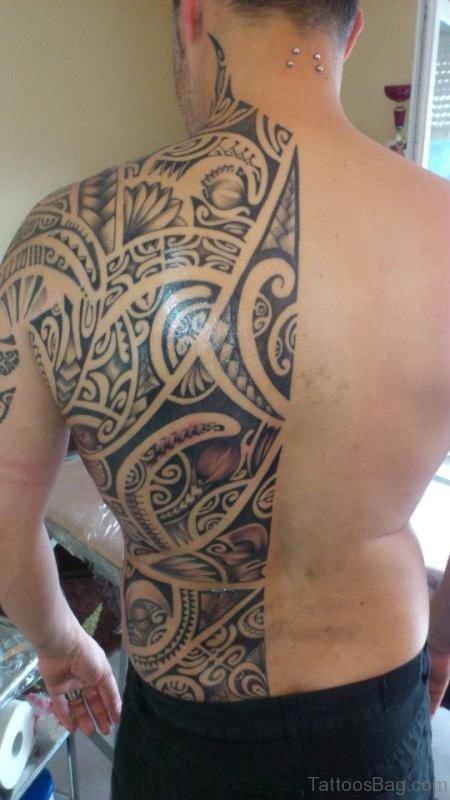 Tribal tattoo On Half Neck
