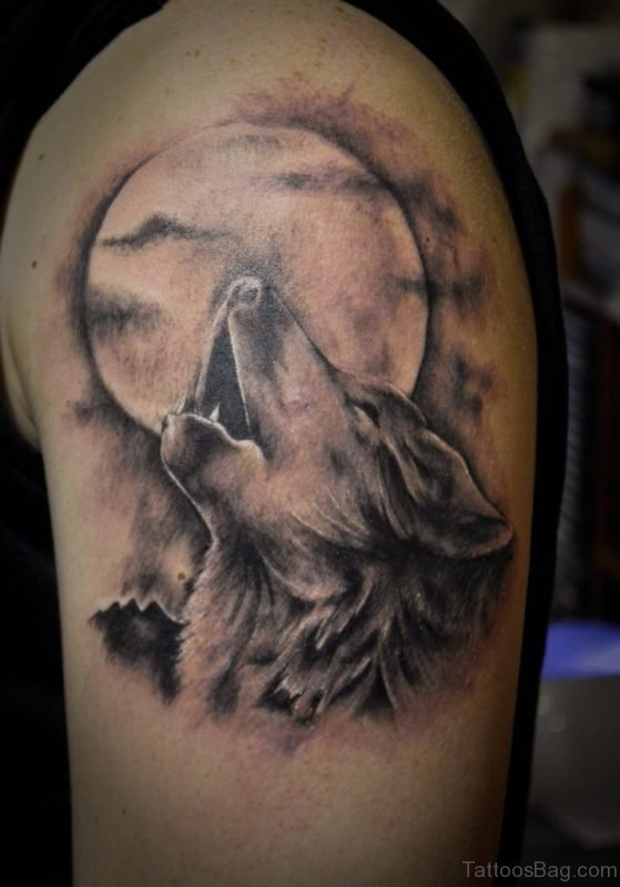 Wolf And Moon Tattoo On Shoulder