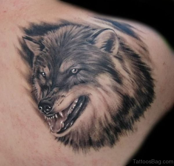 Wolf Tattoo On Back Shoulder