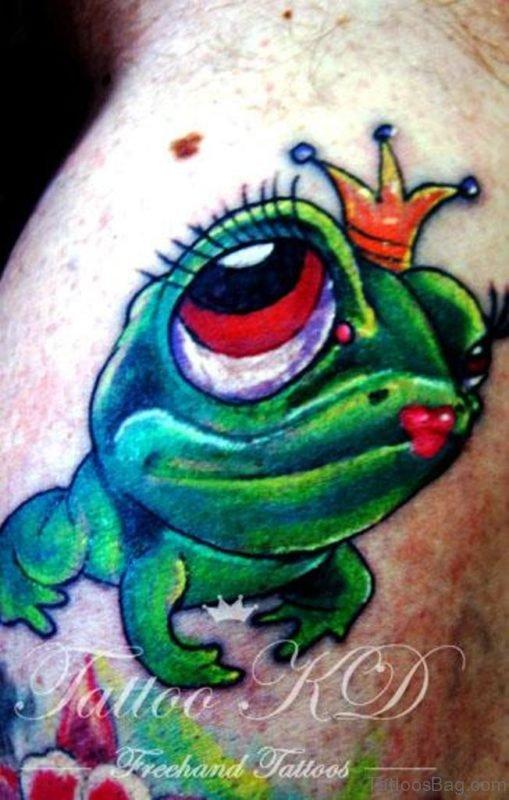 Wonderful Frog Tattoo On Neck