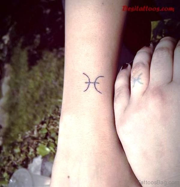 23 Zodiac Pisces Tattoos On Wrist