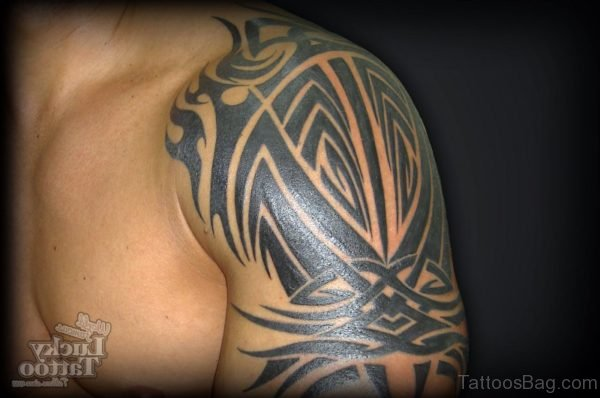 Wonderful Tribal Shoulder Tattoo Design