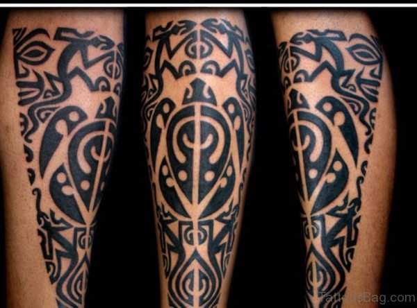 Wonderful Tribal Tattoo On leg