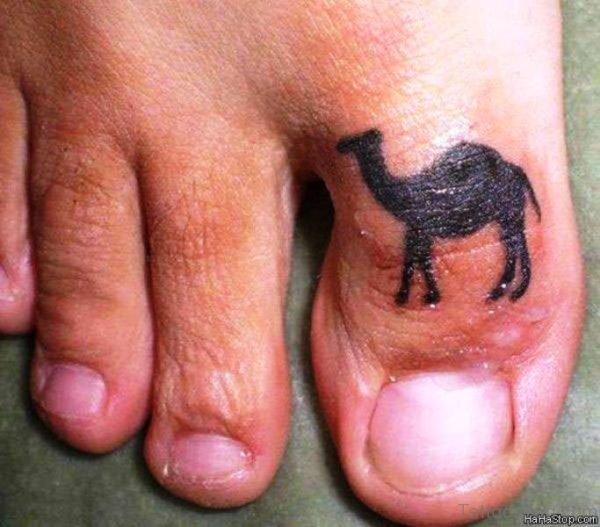 Adorable Camel Tattoo On Toe