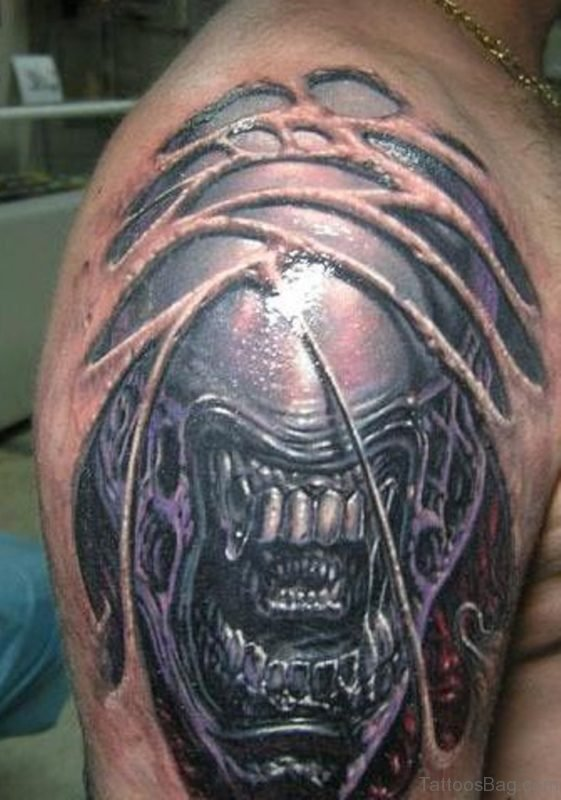 Alien Tattoo Design On Shoulder