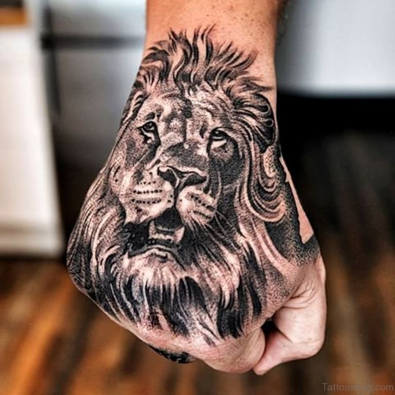 e9ed7ce1f 41 Best Lion Tattoos On Hand