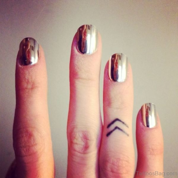 Arrows Tattoo On Finger