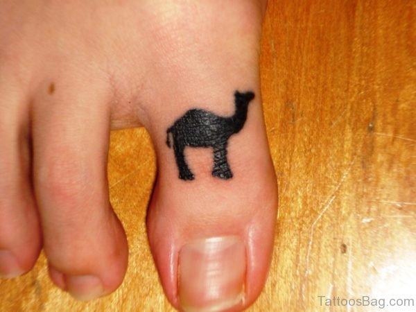 Awesome Came Tattoo On Toe