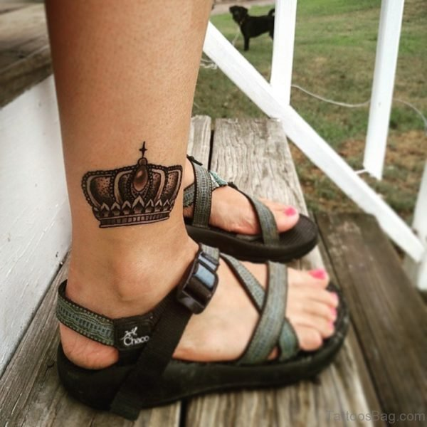 Awesome Crown Tattoo